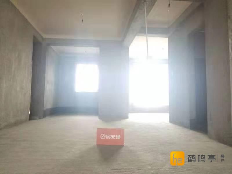 中盐中串场河钱江方州毛坯送车位153平310万有钥匙随时看!