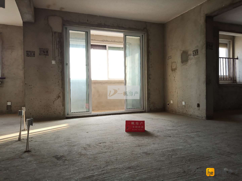 景山双学区 东城尚品 毛坯 92.89平米 送大车库 96万