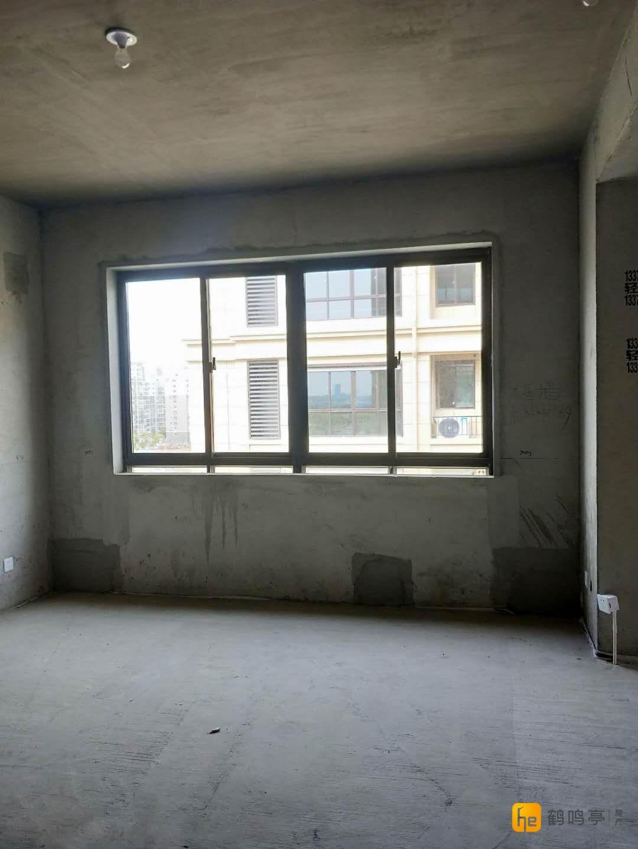 香城世家,122万三房出售
