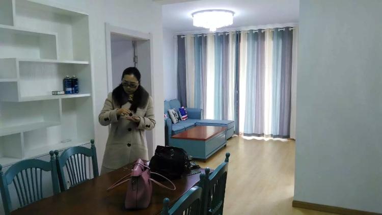 创元金域花苑2室2厅精装房、拎包即住