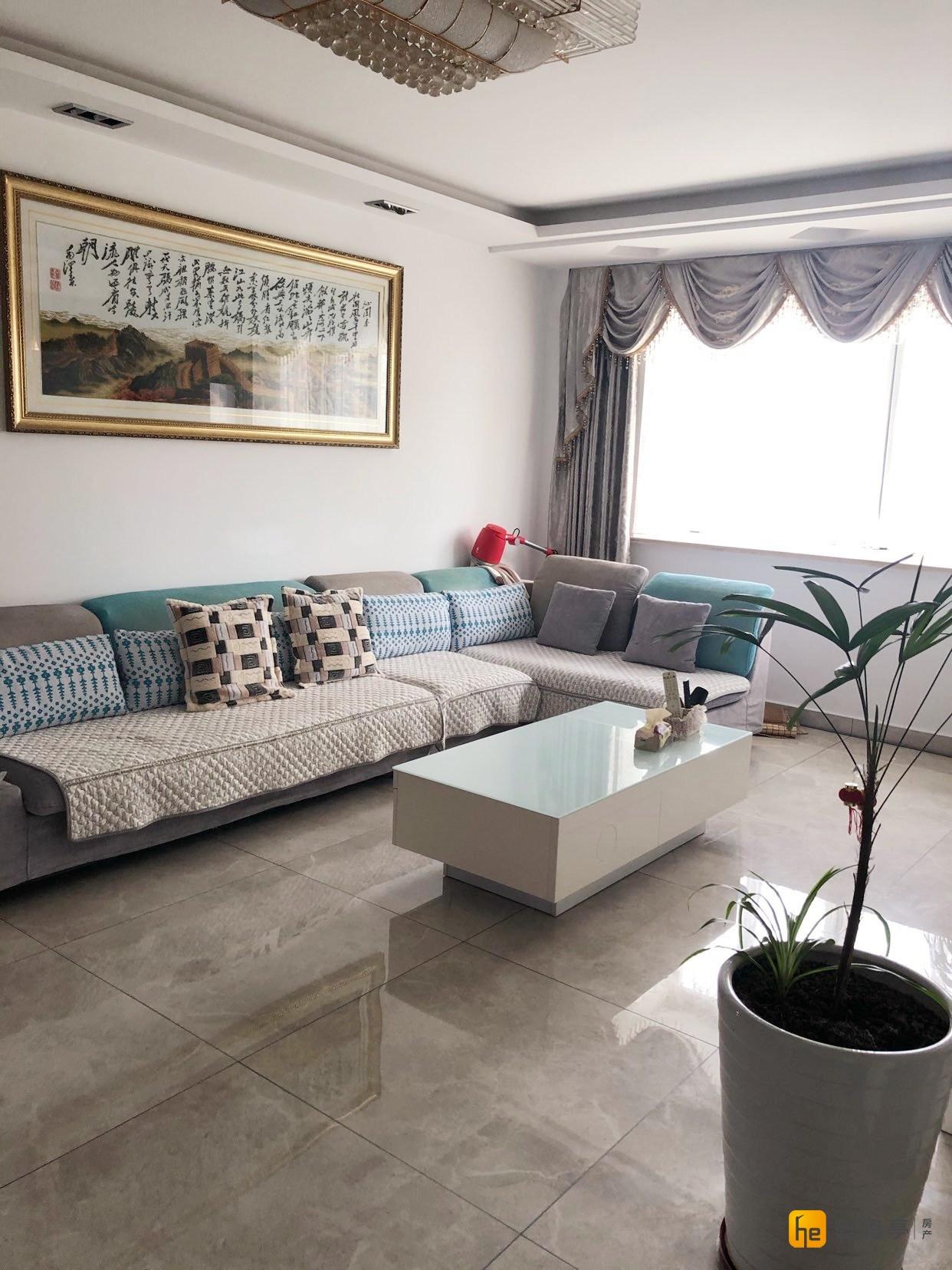 张庄金都华城旁华泰景城精装修多层4楼128平90万: