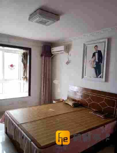 北城馨园精装修2室2厅有电梯满2年有车库接受价格看房