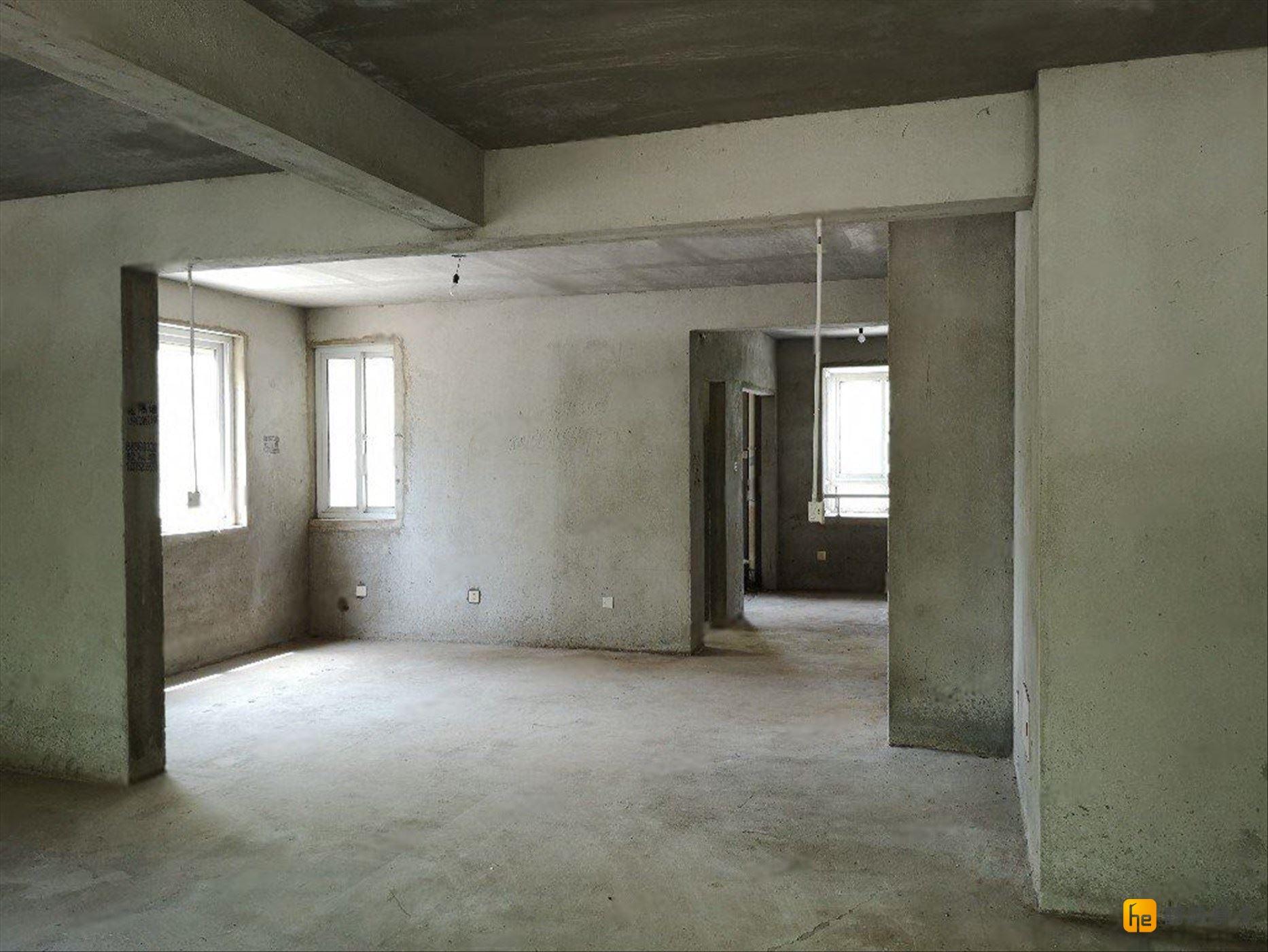 城西南 三河家园 毛坯西边户 90平 带车库 采光好 便宜出售