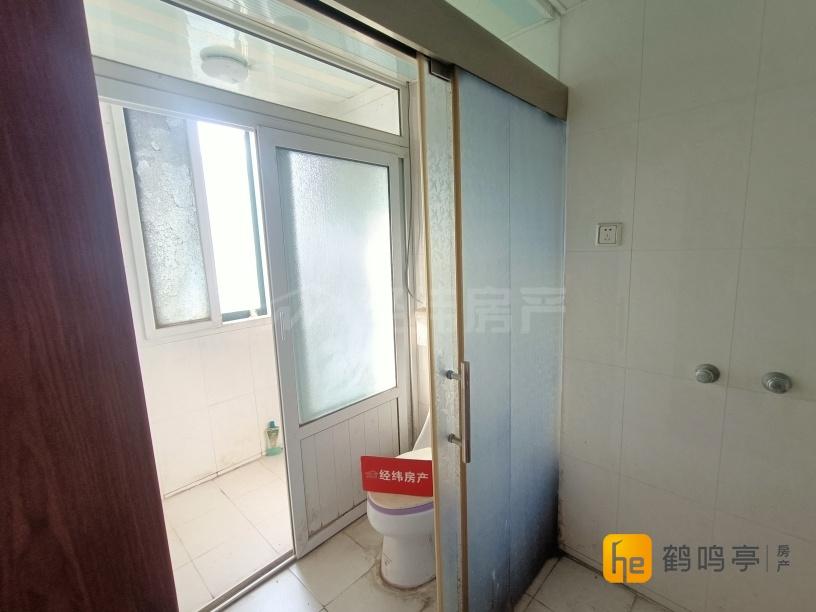 北盐中特价房 锦华苑5楼148平+车库中装149.8万出售