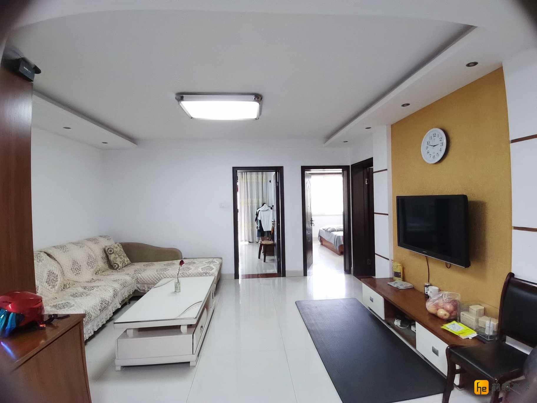 开发区 文港路 新墩花园东区   生活方便96.67平 精装130万