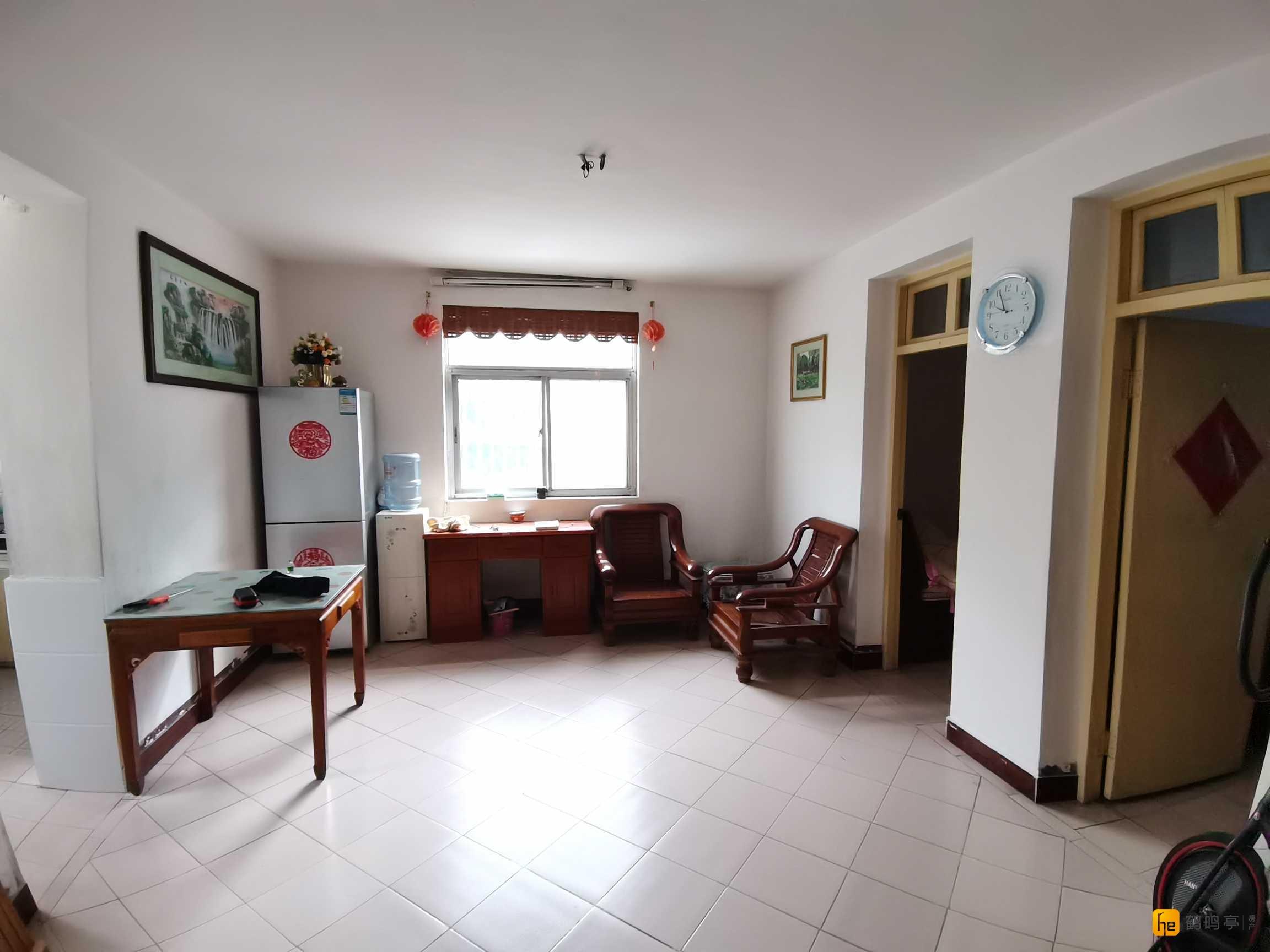 开发区街上新河新村二区二楼小面积两房仅售88.6万