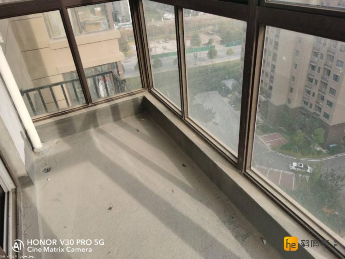 悦达汇文苑 西边户双阳台 价格可谈 看房方便 有钥匙诚心出售