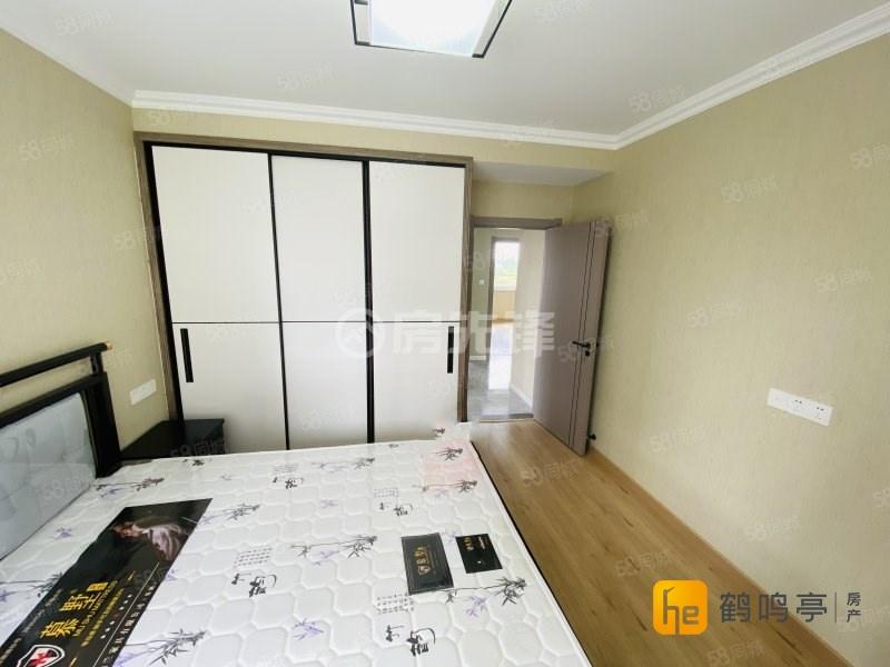 政通路实验学校旁东河嘉园单价1.2万+精装三房出售包增值税